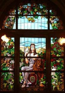 Witraż w Katedrze Ormiańskiej  - Św. Paweł Wg projektu Jana Henryka Rosena ok. 1925 r. Wykonany w warszawskim zakładzie Franciszka Białkowskiego