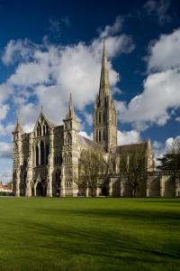 Barwy-szkla-2012-Katedra-w-Salisbury