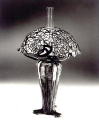 Barwy-szkla-2012-Lampa-Tiffany-klejnotem