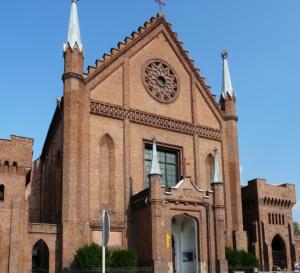 Barwy-szkla-2014-Kosciol-parafialny