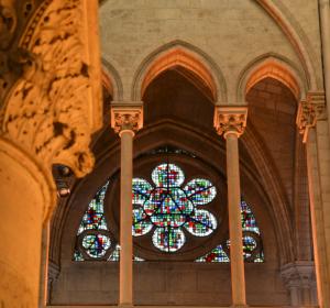 Barwy-szkla-2014-Paryska-katedra-5