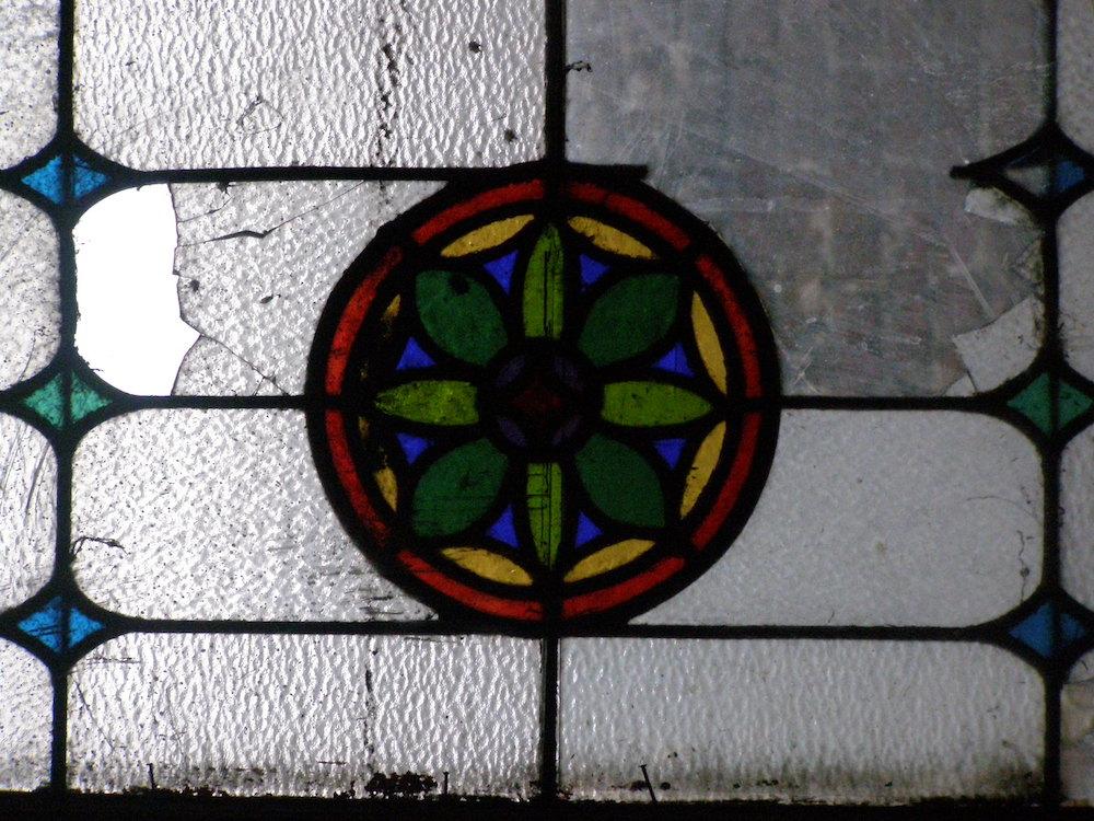 Fragment witraża w budynku przy ul.Kubasiewicza 5 we Lwowie