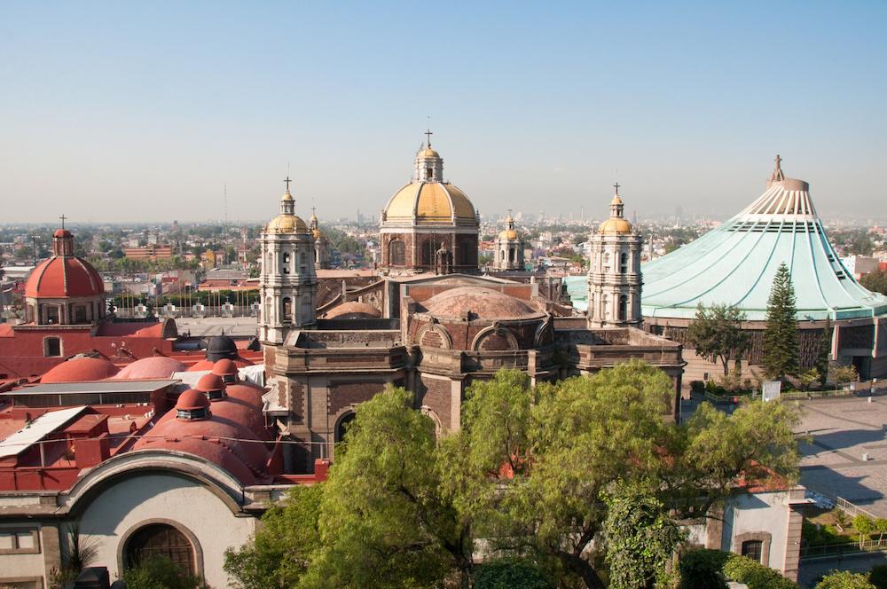 Stara i nowa bazylika w Guadalupe