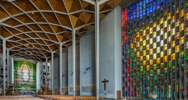 Witraże w Katedrze Świętego Michała w Coventry