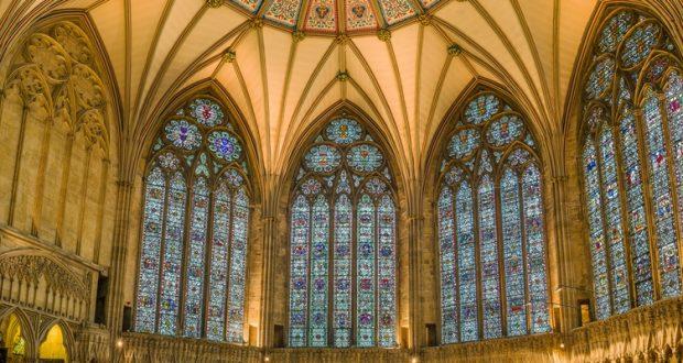 Średniowieczne witraże z York Minster
